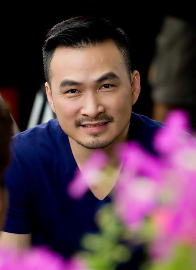 Cuoc song kin tieng cua Chi Bao va nghi van co ban gai moi hinh anh 7