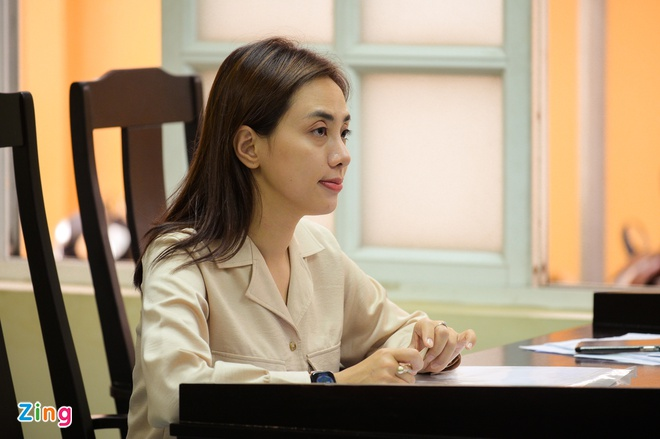 Nu ca si Miko Lan Trinh va ong bau Hoang Vu ra toa sau 7 nam hinh anh 1 NGUYEN_BA_NGOC_ZING_7722.jpg