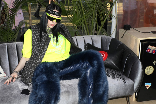 Kim Kardashian o ep vong mot va loat khoanh khac an tuong nhat 2019 hinh anh 2 viral_moments_12.jpg