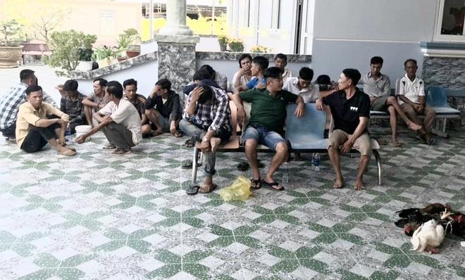 Canh sat 113 loi xuong muong nuoc de pha truong ga o Ca Mau hinh anh 1 da_ga.jpg
