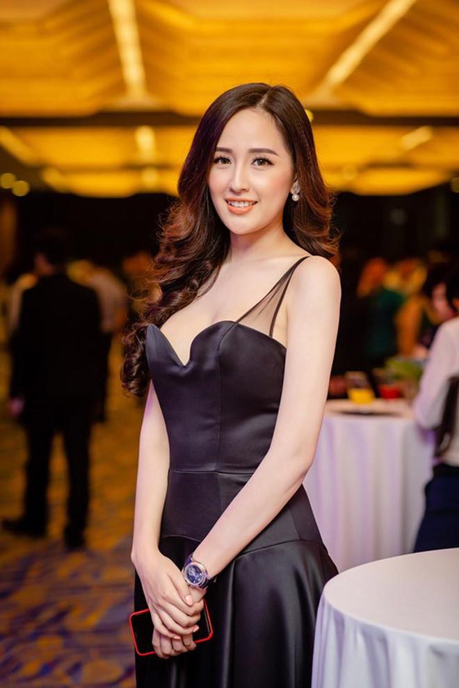 Loat dong ho hang hieu gia bang ca can nha cua Mai Phuong Thuy hinh anh 5