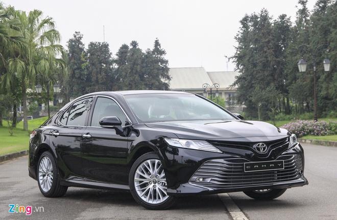 Gan Tet, Toyota Camry ban chenh gia 20 trieu hinh anh 1 IMG_0085_zing.jpg