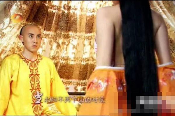 Nhung canh nong phan cam trong phim co trang Hoa ngu hinh anh 3