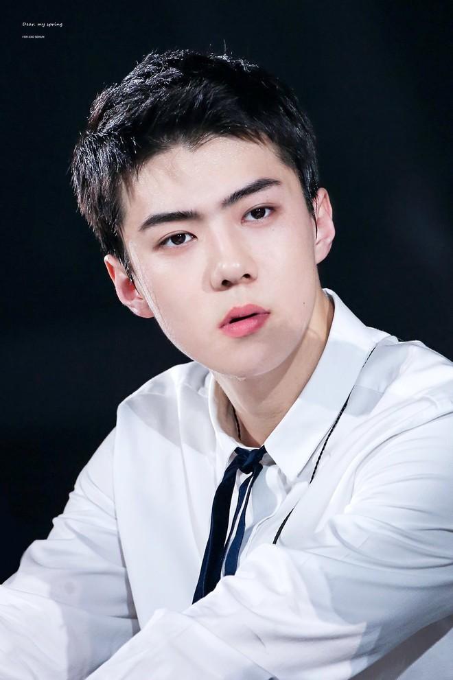 Son Tung M-TP lot vao top 100 nam than dep nhat chau A hinh anh 4
