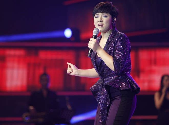 Top 6 Vietnam Idol 2012 – nguoi noi tieng, nguoi ve que chan lon hinh anh 10 baotrammm.jpg