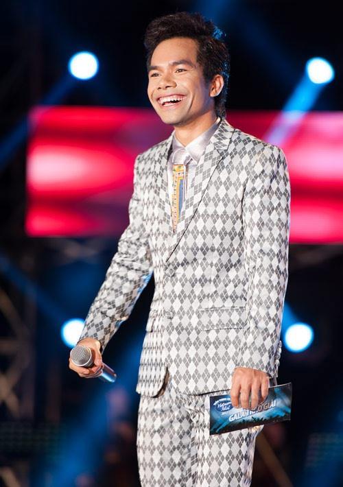 Top 6 Vietnam Idol 2012 – nguoi noi tieng, nguoi ve que chan lon hinh anh 1 ya.jpg