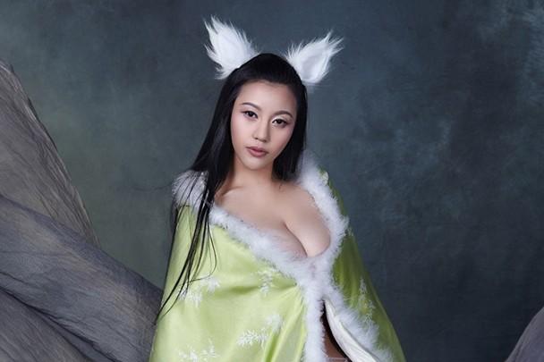 Nhung hot girl Trung Quoc bi tay chay vi anh phan cam hinh anh 5