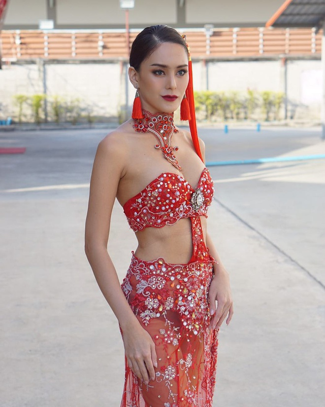 Vi sao Hoa hau chuyen gioi Thai Lan phau thuat tro lai lam dan ong? hinh anh 4 70509698_181574762887966_4953223039234803925_n.jpg