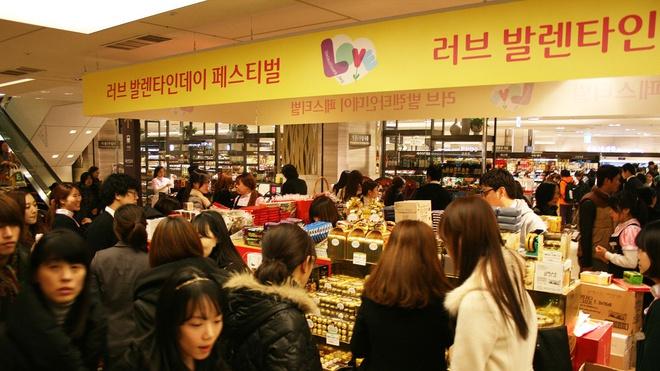 Doanh thu bao cao su tang 25% o An Do dip Valentine hinh anh 5 http_cdn.cnn.com_cnnnext_dam_assets_130214175920_valentines_day_south_korea.jpg