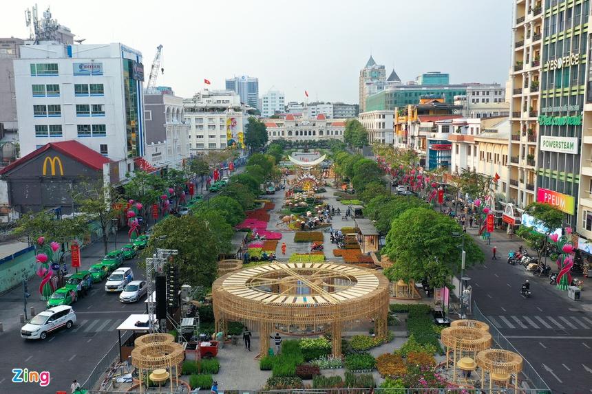 duong hoa Nguyen Hue 2021 anh 1