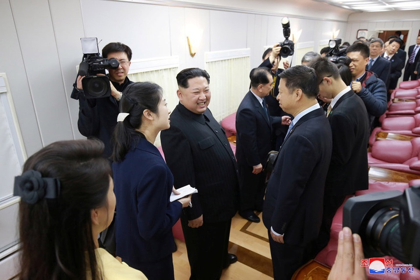 Doan tau boc thep dua ong Kim Jong Un sang VN co gi bi an? hinh anh 9