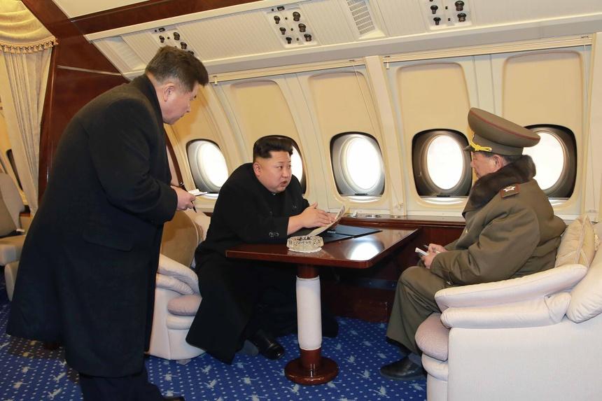Doan tau boc thep dua ong Kim Jong Un sang VN co gi bi an? hinh anh 10