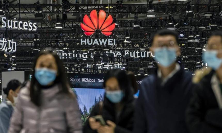 Huawei phan ung truoc lenh cam cua My anh 1