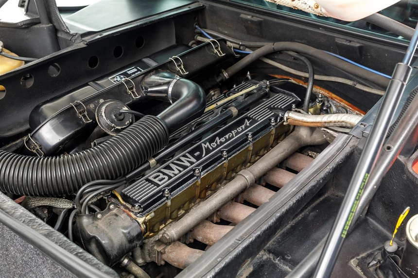 BMW M1 cua Paul Walker duoc ban gia 500.000 USD anh 8