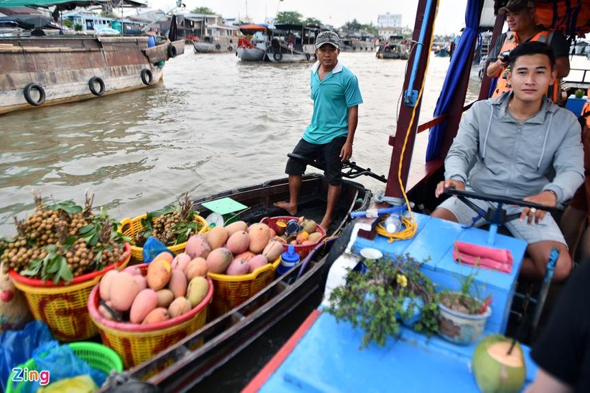 Cho noi Cai Rang hut khach tham quan anh 9